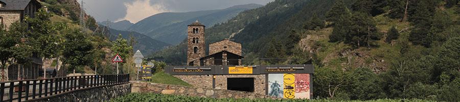 Paisaje típico de Andorra