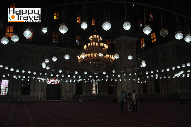 Impresionante lampara en el interior
