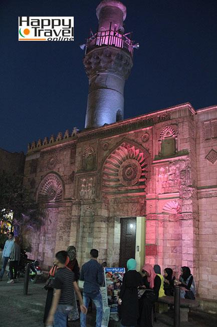 Paseo nocturno por El Cairo