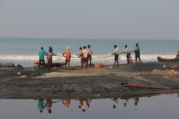 La playa tranquila de Kerala